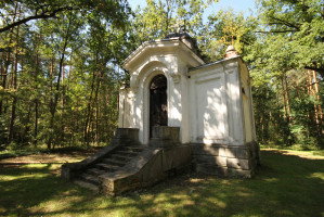 Orthodox tomb chapel
