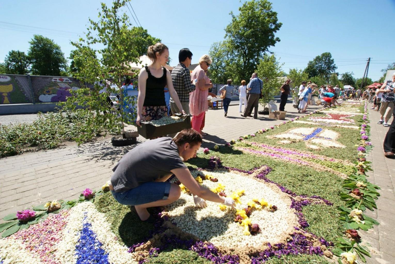 Blumenteppiche werden gelegt - Polen